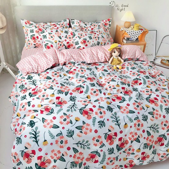 Bliss Bloom Soft Polyester Fabric Double size Duvet Cover with Pillowcases and Bedsheet