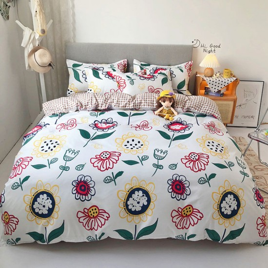 Big Flower Soft Polyester Fabric Duvet Cover with Pillowcases and Bedsheet