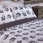 Super King Duvet cover with Pillowcases Monochrome Leaf design