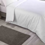King size White colour Standard Duvet Cover with Pillowcases